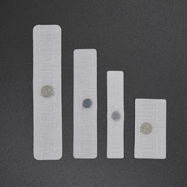 860-960MHz RFID Textile Laundry Tag , UHF Woven Flexible Tags For Hotel Sheets Tracking